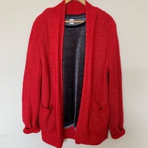 Soft red open front cardigan 🎄